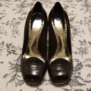 BCBG Brown Patent Leather Peep Toe Loafer Heels